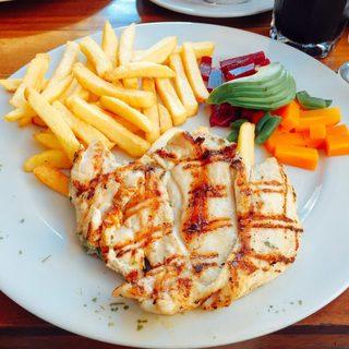 Pardos Chicken Santa Cruz