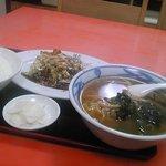 大興飯店 - 豚肉のキャベツ炒めのラーメンセット