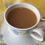 喫茶店 セブン - お代わりコーヒーは、砂糖、ミルク入りでいただきました。
