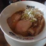 青森ラーメン にぼ銀 - 金のスープ650円