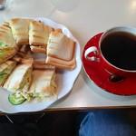 珈琲専科 綾 - ソフトブレンドコーヒー&焼きサンドのセットです