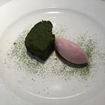 66683889 - ガトーショコラと桜のアイス