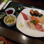 丸喜寿司 - 特上握り 10カン(税込2,160円)