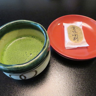 欅苑 - ドリンク写真:抹茶