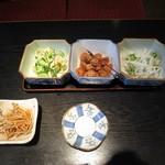 かつ膳 - 漬物と小鉢