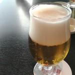 京鼎樓 - ビール中グラス600円