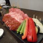 66692533 - お肉三種盛り