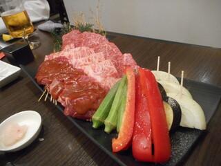 肉處 きっしゃん なんばダイニングメゾン店 - お肉三種盛り