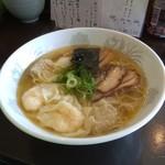 かつみ - 特製ワンタン麺 880円