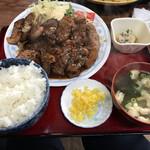 松の家 - カルビ焼き定食おかず大盛り