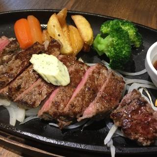 肉バルJackson'sのステーキ!