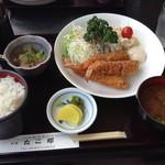 たこ郎 - えびフライ定食 1000円