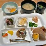 cafe rest montrose - 朝食バイキング(宿泊客\800)