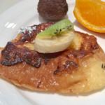 cafe rest montrose - 朝食バイキング(宿泊客\800) フレンチトースト