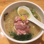 真鯛らーめん 麺魚 - 濃厚真鯛ラーメン