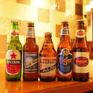ボトルワインやクラフトビールなど様々なドリンクをご用意