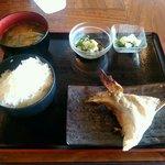 おおきに またきて屋 - ブリかま塩焼き・豚汁定食 680円