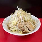 びんびん豚 - 料理写真:ラーメン並(麺量200g)野菜ちょい増し