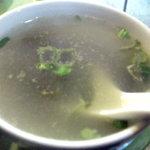 菜香飯店 - スープはあっさりしすぎでした