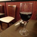 ティアラ - グラスワイン