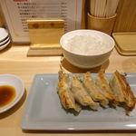 已己巳己 - 醤油ラーメン+餃子セット 1000円