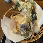 蕎膳 楽 - 天ぷらのアップ