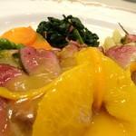 ドゥ・ラパン - 料理写真:鴨胸肉のロースト オレンジソース