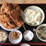中華料理 順和園 - 唐揚げランチです。
