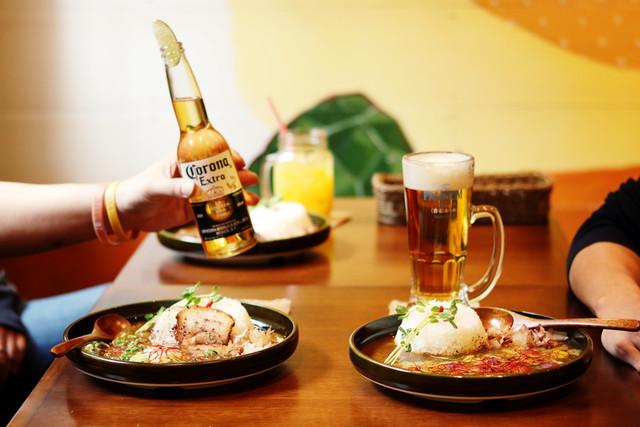 ジパングカリーカフェ 和風カレー ヒゲ ボウズ