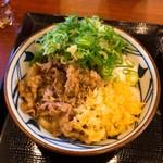 丸亀製麺 - 牛とろ玉うどん690円