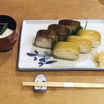 66752799 - 鯖寿司、鯛寿司盛り合わせ