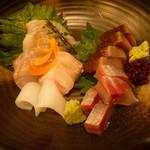 魚と日本のお酒 むく - お造り盛り