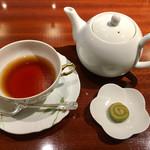 リンクス紅茶と洋酒の店 - ニルギリ