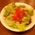 イタリアンバル Tino 五反野店 - ランチセットのサラダ