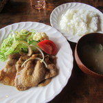 TOMY カナダハウス - 豚ロースの薄切り生姜焼き 1080円