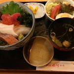 酒蔵松竹 - 海鮮丼=1020円 税込