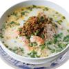 ピリ辛豚挽肉入り、豆乳スープのフォー