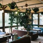 Gardens Pasta Cafe ONS - 1階ソファー席