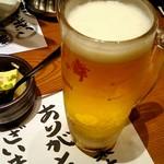 まるごと北海道花の舞 十勝ファーム - お通しと生ビール。
