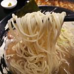 一刀竜 - 細麺にて