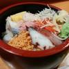 福和寿司 - 料理写真:コハダ、卵、カンパチ、タコ、鮭のほぐし身、かにかまぼこまで入っています。 これで500円は嬉しいですね!