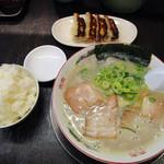 一骨入魂 - ギョウザセット780円