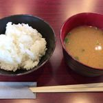 epais - ご飯、味噌汁