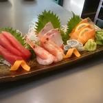 炭火串焼 海の幸 せんごく - 料理写真:厳選鮮魚盛り合せ