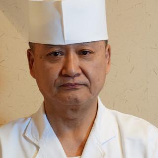 毎日北海道より空輸の旬の魚介類に調理師の真心添えご提供