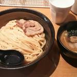 66805008 - つけ麺 780円、味つけ玉子 100円♪