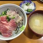 66805117 - 銚子丼