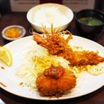 66807447 - 海老クリームコロッケ+海老フライ定食