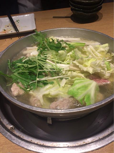 酒家鶏処 炭寅 博多店 - みつせ鶏の水炊き