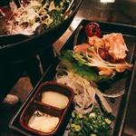 tawarayashoutemmarukome - シーザーサラダ、鳥タタキ